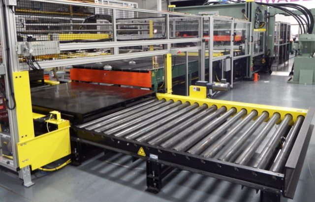 Automatic Pallet Transfer of Slabs of Material